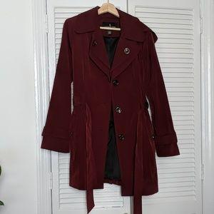 London Fog Burgundy Raincoat Medium